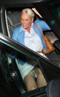 Brigitte Nielsen - Los Angeles - 10-05-2009 - Star come noi: ma ti si vedono le mutande!