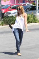 """Miley Cyrus - Culver City - 14-07-2011 - Miley Cyrus nega di fare uso di marijuana: """"Scherzavo"""""""
