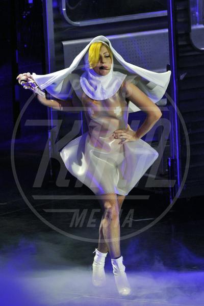 Lady Gaga - Londra - 28-08-2013 - Chiesa e show biz, un rapporto di amore e odio