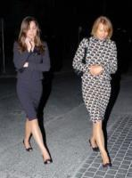 Carole Middleton, Kate Middleton - Cornovaglia - 23-06-2009 - Carole e Doria: suocere Windsor a confronto