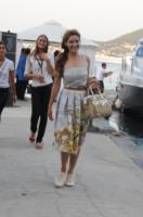 Kelly Brook - Ischia - 14-07-2011 - Da Torino con furore: le Superga sono le scarpe delle star