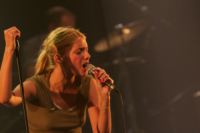 Melanie Laurent - La Rochelle - 17-07-2011 - Star come noi: le celebritàse le suonano!