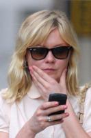 Kirsten Dunst - New York - 24-07-2011 - Gli smartphone influenzeranno l'evoluzione dell'uomo