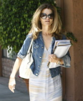 Maria Shriver - Beverly Hills - 28-07-2011 - Maria Shriver ringrazia amici e parenti per il supporto che le stanno dando