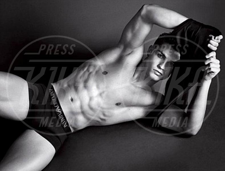 Cristiano Ronaldo - Milano - 25-07-2011 - Il nuotatore Luca Dotto è il nuovo volto di Emporio Armani