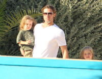 Shiloh Jolie Pitt, Knox Leon Jolie Pitt, Brad Pitt - Malta - 29-06-2011 - Buon compleanno a Shiloh, la figlia dei Brangelina