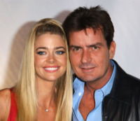 Charlie Sheen, Denise Richards - Beverly Hills - 09-09-2003 - Contratti prematrimoniali vip: la scelta di Harry e Meghan