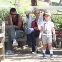 Kingston Rossdale, Gavin Rossdale, Gwen Stefani - Moorpark - 08-08-2011 - Gwen Stefani non apprezza sempre lo stile dei figli