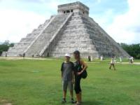 Loren Del Santo, Lory Del Santo - Messico - 09-08-2011 - Loren Del Santo,  il figlio 'americano' di Lory Del Santo
