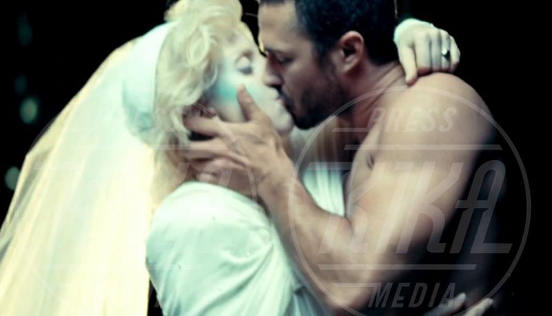Taylor Kinney, Lady Gaga - 17-08-2011 - 2013: l'annus horribilis delle coppie più belle