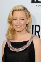 Elizabeth Banks - Hollywood - 16-08-2011 - Elizabeth Banks parla della madre surrogato