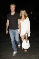 Jack Wagner, Heather Locklear - Los Angeles - 22-08-2011 - Cinquant'anni per Heather Locklear, festeggia con il fidanzato alle Hawaii