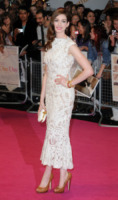Anne Hathaway - Londra - 24-08-2011 - Anne Hathaway nel cast dei Miserabili