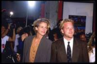 Kiefer Sutherland, Julia Roberts - Hollywood - 27-12-2005 - Linea Mortale torna sul grande schermo