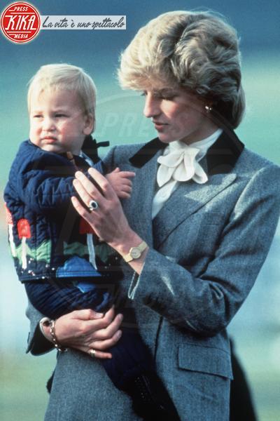 Principe William, Lady Diana - 12-04-2010 - Da Elisabetta II a Meghan: gli anelli più preziosi del reame