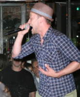 Justin Timberlake - New York - 31-08-2011 - Justin Timberlake organizza un concerto gratuito last minute, Amanda Seyfried accorre