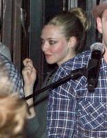 Amanda Seyfried - New York - 31-08-2011 - Justin Timberlake organizza un concerto gratuito last minute, Amanda Seyfried accorre
