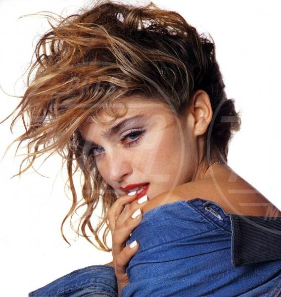Madonna - 07-06-2011 - Madonna spara nel nuovo Secret Project: il trailer