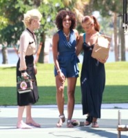 Annie Ilonzeh, Rachael Taylor, Minka Kelly - Miami - 09-09-2011 - Non ci sono piu' le Charlie's Angels di una volta
