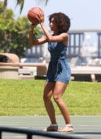 Annie Ilonzeh - Miami - 09-09-2011 - Non ci sono piu' le Charlie's Angels di una volta