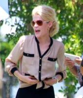 Rachael Taylor - Miami - 09-09-2011 - Non ci sono piu' le Charlie's Angels di una volta
