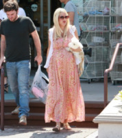 Tori Spelling - Los Angeles - Maxi dress: tutta la comodità  dell'estate