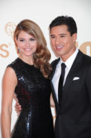 Mario Lopez, Maria Menounos - Los Angeles - Emmy 2011: gli arrivi sul red carpet