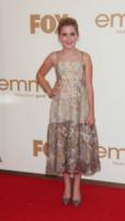 Kiernan Shipka - Los Angeles - Emmy 2011: gli arrivi sul red carpet