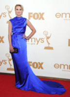 Dianna Agron - Los Angeles - 18-09-2011 - Emmy 2011: gli arrivi sul red carpet