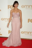 Rashida Jones - Los Angeles - 18-09-2011 - Emmy 2011: gli arrivi sul red carpet
