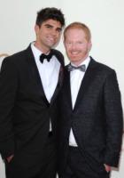 Justin Mikita, Jesse Tyler Ferguson - Los Angeles - 18-09-2011 - Emmy 2011: gli arrivi sul red carpet