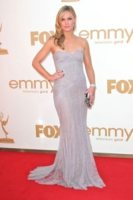 Julia Styles - Los Angeles - 19-09-2011 - Emmy 2011: gli arrivi sul red carpet