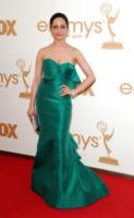 Archie Panjabi - Los Angeles - 18-09-2011 - Emmy 2011: gli arrivi sul red carpet
