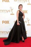 Aimee Teegarden - Los Angeles - 18-09-2011 - Emmy 2011: gli arrivi sul red carpet
