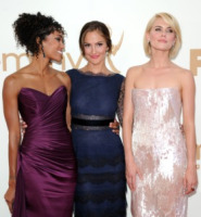 Annie Ilonzeh, Rachael Taylor, Minka Kelly - Los Angeles - 18-09-2011 - Emmy 2011: gli arrivi sul red carpet