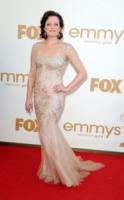 Elisabeth Moss - Los Angeles - 18-09-2011 - Emmy 2011: gli arrivi sul red carpet