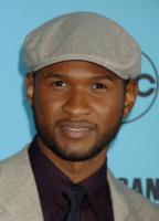 Usher - Los Angeles - 18-11-2007 - Justin Bieber e Usher cantano per la vocal coach Jan Smith