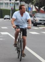 Arnold Schwarzenegger - Santa Monica - 11-08-2011 - Schwarzenegger sta scrivendo Total Recall, le sue memorie dall'adolescenza alla politica
