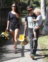 Bronx Mowgli Wentz, Pete Wentz - Beverly Hills - 22-09-2011 - Pete Wentz allo scoperto con Meagan Camper