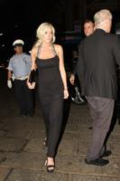 Lindsay Lohan - Milano - 25-09-2011 - Lindsay Lohan si spoglia per Playboy per un milione di dollari
