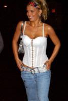 Jessica Simpson - Los Angeles - 21-09-2004 - Jessica Simpson aspetta un bambino
