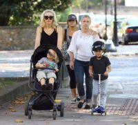 Zuma Rossdale, Kingston Rossdale, Gwen Stefani - Londra - 28-09-2011 - Gwen Stefani non apprezza sempre lo stile dei figli