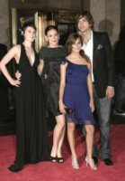 Tallulah Belle Willis, Rumer Willis, Demi Moore, Ashton Kutcher - Hollywood - 29-09-2011 - Tallulah Willis debutta al ballo dell'hotel Crillon di Parigi