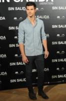 Taylor Lautner - Madrid - 29-09-2011 - Taylor Lautner non riesce a non leggere i commenti su Internet