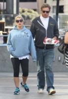 Eric Johnson, Jessica Simpson - Los Angeles - 04-10-2011 - Jessica Simpson può sfoggiare il pancione presentando la sua collezione con la sorella