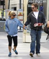 Eric Johnson, Jessica Simpson - Los Angeles - 04-10-2011 - Jessica Simpson ed Eric Johnson rinunciano alle nozze a novembre e si godono la gravidanza