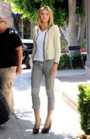 Heidi Klum - Beverly Hills - 31-05-2011 - Il cardigan ritorna dagli Anni Ottanta con furore