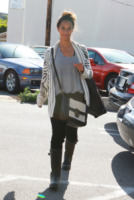 Leona Lewis - Los Angeles - 02-06-2011 - Il cardigan ritorna dagli Anni Ottanta con furore