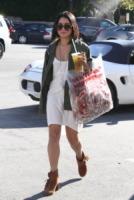 Vanessa Hudgens - Ventura - 11-10-2011 - Selena Gomez e Vanessa Hudgens in un ruolo dark