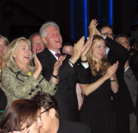 Hillary Clinton, Chelsea Clinton, Bill Clinton - 15-10-2011 - Hillary Clinton: